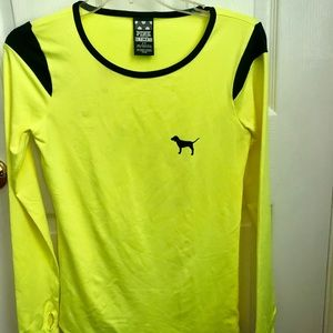 VS pink Long sleeve running shirt